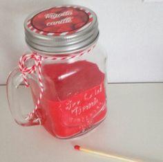 Une nouvelle idée DIY de bougie à offrir ou pour soi, cette fois j'ai pris une jar avec un c...