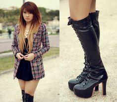 Knit me (by Anastasia Siantar) http://lookbook.nu/look/4034894-Long-Sleeves-Coat-Golden-Necklace-Black-Heeled