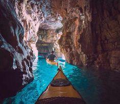 クロアチア、プアでカヤッキング Never had a desire to go to Croatia . This changes things a bit. (Cave kayaking in Pula, Croatia) Best Honeymoon Destinations, Dream Vacations, Vacation Spots, Travel Destinations, Vacation Places, Amazing Destinations, Winter Destinations, Fun Places To Travel, Time Travel