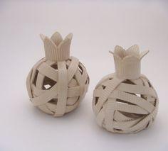 White Pomegranate Handmade Modern& Minimalist Ceramic by bininaor