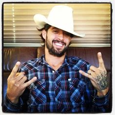 Just got tickets to see this man in concert solo acoustic in December. Ridiculously stoked #ryanbingham
