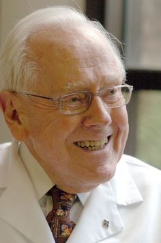 Dr. Ferrol Sams Jr., 90: Classic author, southern humorist, Fayetteville physician