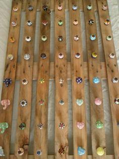 Tutto l'assortimento di pomelli in ceramica decorata a mano... http://easy-online.it/it/categoria-prodotto/pomelli/