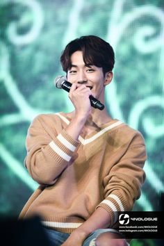 Remember this video ? The whole crowd started saying bok joos name and the way he got embarrassed.awwn my bub Nam Joo Hyuk Smile, Nam Joo Hyuk Tumblr, Kim Joo Hyuk, Nam Joo Hyuk Cute, Nam Joo Hyuk Lee Sung Kyung, Jong Hyuk, Nam Joo Hyuk Lockscreen, Nam Joo Hyuk Wallpaper, Lee Sung Kyung Wallpaper
