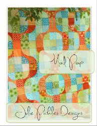 Distant Pickles: Mod Pop Quilt-- Isn't this a stunner?