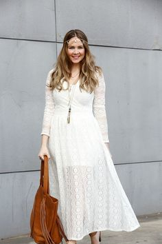 What Sonia Wore: White Lace Dress | #boho | soniastyling.com
