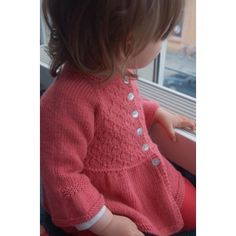 Alouette Knitting pattern by Lisa Chemery