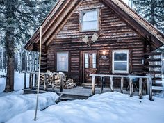 Rustic cabins are having a moment.