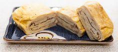 Japansk omelet (uden sukker) | たまごやき | tamagoyaki Omelet, Japanese Food, Apple Pie, Asian, Bread, Ethnic Recipes, Desserts, Omelette, Tailgate Desserts