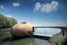 Képeken a leghihetetlenebb vízparti házak