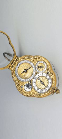 Crystal Renaissance Switzerland neck watch in 1660