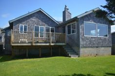 Cannon Beach Vacation Rentals: Purdy House - Ocean Front. Sleeps 8 with 3 bedrooms and 1 bathroom. http://www.visitcb.com/vacation-rental-home.asp?PageDataID=71361