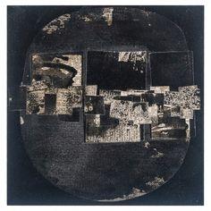 "FAUSTINO AIZKORBE ""COLLAGE""  Collage realizado con papel de periódico sobre madera. Firmado Aizkorbe. Medidas: 25 x 25 x 1,5 cm."