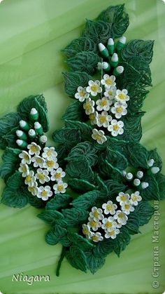 Superb quilling - flower arrangement - by: a Russian artist