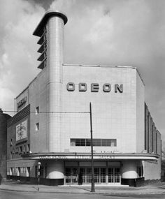 Long before the days of multiplexes, blockbusters and films, Odeon cinema commissioned architectural photographer John Maltby in the to capture images of some high street gems Cinema Architecture, Streamline Moderne, Art Deco Buildings, Architectural Photographers, Constructivism, Building Art, Art Deco Period, Art Deco Design, Brutalist