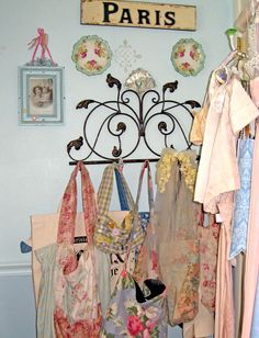 The French theme goes wonderfully with vintage totes, clothing, decor, and anything else vintage!!