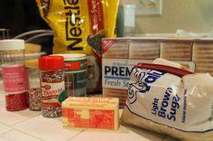 MOTHERSHIP SCRAPBOOK GAL:  DIY: Favorite Holiday Recipe - Caramel Saltine Brittle