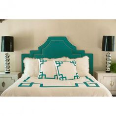 greek key duvet - sans fluffy cushions.
