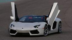 Lamborghini Aventador LP700-4 Chrome: Cuando la Realidad Supera la Ficción
