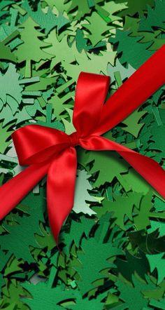Wallpaper. E Green Christmas, Christmas Colors, Christmas Holidays, Christmas Decorations, Christmas Ornaments, Christmas Tree, Christmas Wishes, Christmas Backrounds, Green Theme