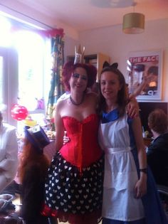 Jane Jacks & friends had an Alice in Wonderland themed fundraising tea party to raise money for Depression Alliance. Thanks Jane!