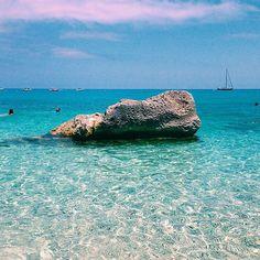 Cala Goloritzè, Baunei (Golfo di Orosei). Sardegna, July 2015. #calagoloritze #Baunei #golfodiorosei #orosei #Sardegna #Sardinia #sardiniaexperience #instasardegna #igersardegna #igers_sardegna #Italy #igersitalia #dafareinsardegna #whattodoinSardinia #lanuovasardegna #vscocam #vsco #vscocamnature #nature #lategram #landscape #summer #colorful #sky #blue #beach by lukre12 | #Supramonte's - #Sardinia #Sardegna