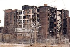 IL-East St Louis-decay by plasticfootball, via Flickr. Darren Snow