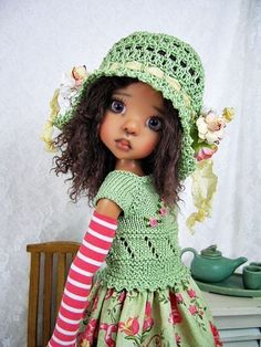 """Green Outfit for Kaye Wiggs' MSD size BJD 18"""" Doll Layla, made by Ulla"""