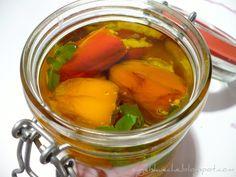 Essen aus Engelchens Küche: Eingelegte Mini-Paprika mit Ziegenkäse-Oregano-Füllung