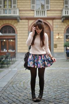 Chunky sweater + Floral skirt + Tights