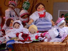 Pretty maids all in a row. I made little dolls just like this! Holiday Celebrations Around The World, Celebration Around The World, European Integration, Heart Of Europe, Food Crafts, Central Europe, Bratislava, Interesting History, My Heritage
