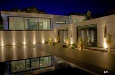 Luxury House in Saint-Tropez | mind-body-gold.com