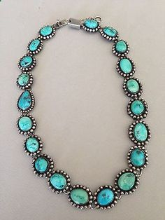 Stunning FEDERICO JIMINEZ Vintage Turquoise Necklace - 19 would looooove to rock something like this for my wedding Coral Turquoise, Turquoise Necklace, Turquoise Stone, Turquoise Rings, Silver Jewelry, Vintage Jewelry, Silver Earrings, Silver Ring, Vintage Turquoise Jewelry