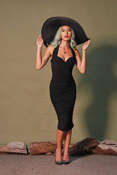 Dancing jours par Banned Rockabilly Rétro Bardot Vintage Polka Dot Sweetheart Top