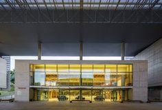 Galeria de Biblioteca Brasiliana / Eduardo de Almeida + Mindlin Loeb + Dotto Arquitetos - 24