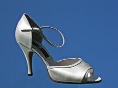 calzatura spuntata tacco sottile 100-3