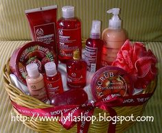 #Seserahan #BodyShop #Strowberry #Red