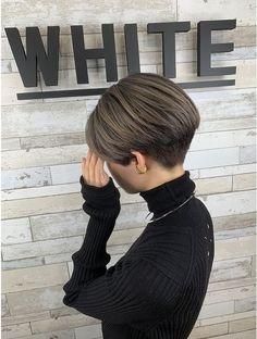 Japanese Short Hair, Korean Short Hair, Short Grey Hair, Girl Short Hair, Short Hair Styles For Round Faces, Short Hair With Layers, Short Hair Cuts For Women, Undercut Hairstyles Women, Tomboy Hairstyles