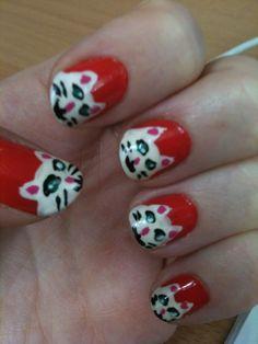 haha! cute kitty cat nails from amanda hutchinson via twitter!