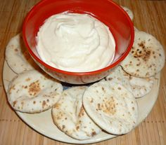 "Arabic Garlic Dip (Toum) different recipe 1 bulb Of Fresh Garlic ½ teaspoons Salt ½ cups Prepared (box) Mashed Potatoes 3 Tablespoons Real Mayonnaise (NOT Miracle Whip) ½ teaspoons Lemon Juice ½ cups Canola Oil ""umm umm good""! Garlic Dip, Fresh Garlic, Garlic Paste, Sauce Recipes, Cooking Recipes, Cooking Tips, Eastern Cuisine, Lebanese Recipes, Gastronomia"