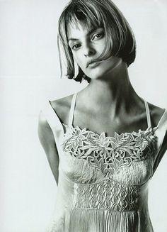 Linda Evangelista by Richard Avedon photography 1994
