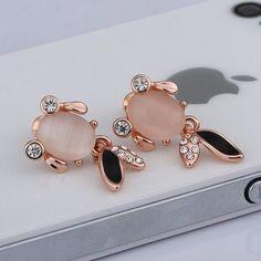 One Pair Rose Gold Cat Eye Gemstone Gold Fish Stud Earrings LKN18KRGPE918