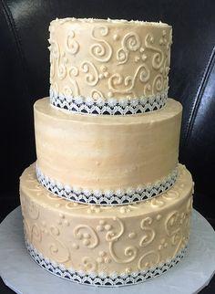 3-tier buttercream wedding cake
