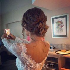Saloon Locca - İzmir Gelin Saçı ve Makyajı