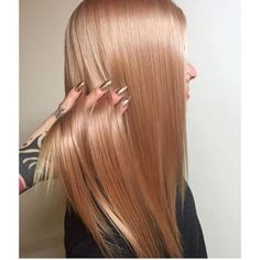 Perfect Pale Rose Gold by @presleypoe