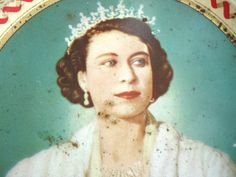 1950s Queen Elizabeth II Coronation Souvenir Tin by FillyGumbo, $45.00