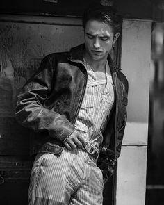 """Robert Pattinson for Dior Homme by Peter Lindbergh "" Robert Pattinson Dior, Robert Pattinson Twilight, King Robert, Robert Douglas, Peter Lindbergh, Mein Crush, Twilight Edward, Twilight Saga, Designer Dog Collars"