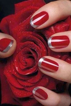 These red nails are cute, the design is fantastic. I love red color.