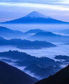 Beach Wallpaper, Mount Fuji, Mount Rainier, Beautiful Landscapes, Mystic, Japanese, Adventure, Places, Nature