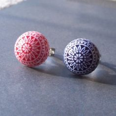 I love finding vintage cabochons and creating funky rings with them.